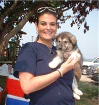 Hudson's Malamutes - Ashley Kemp (Producer) with Hudson's girl puppy at the movie Sparkle and Tooter